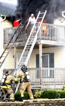 Дом можно было сохранить, если бы спасатели приехали вовремя...