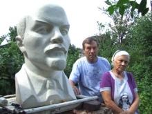 Ленин в огороде