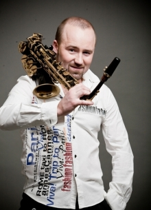 История болезни-609:Лидер-саксофон
