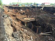 Автовладельцы со стоянки «Круиз» просят поторопить строителей из компании «ФОН»