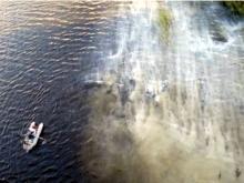 Экологи оштрафовали виновных в попадании грунтовки в реку Мелекеска