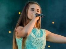 Челнинка Альмира Хайруллина примет участие в записи самой длинной в мире песни