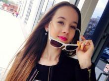 Песня в исполнении челнинки Лины Блестящей 3 года будет звучать на питерском радио (видео)