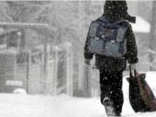Отмена уроков в школе: При какой температуре воздуха на них можно не ходить?
