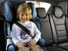 Детей старше 7 лет пока нельзя перевозить в автомобиле без детского удерживающего кресла