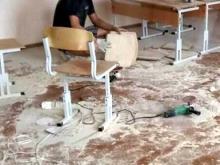В школе №9 новую мебель решили не покупать, а отремонтировать