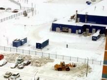 Разгребать кучи грязного снега по газонам можно - исполком ссылается на постановление Госстроя РФ