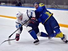 Хоккейный клуб 'Челны' на выезде переиграл команду 'ЦСК ВВС' со счетом 4:2