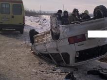 На автотрассе Елабуга - Пермь водитель на 'ВАЗ-211440' врезался в столб и погиб