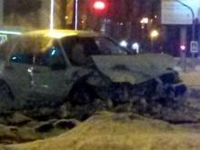 Водители машин, столкнувшихся на пересечении проспектов Чулман и Туфана, получили переломы