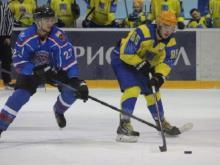 Хоккейный клуб 'Челны' разгромил в Смоленске команду 'Славутич' со счетом 8:3