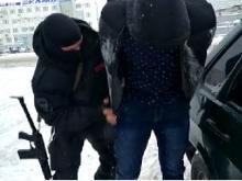 Более 10 тонн поддельного масла и спреда изъяли полицейские у 2 жителей Набережных Челнов (видео)