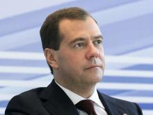 Подчиненные Дмитрия Медведева зарабатывают больше, чем подчиненные Владимира Путина