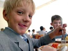 Из бюджета Набережных Челнов исполком потратит на питание в школах более 3,5 млн. рублей