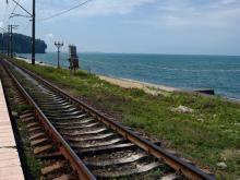 Билеты в Адлер на поезд из Набережных Челнов обойдутся в сумму от 3720 до 6990 рублей