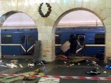 Взрывчатку в вагоне питерского метро, скорее всего, оставили - это был не террорист-смертник