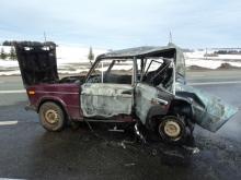 На автотрассе 'Елабуга - Пермь' в сгоревшем автомобиле погибли два человека