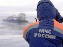 Спасатели обнаружили полынью, в которую, возможно, провалился рыбак из 47 комплекса