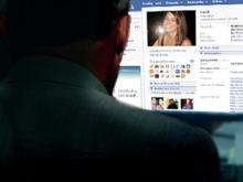 Как распознать мошенников на сайтах знакомств