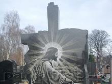 Горисполком: Высота памятников на могилах в Челнах не может превышать 2 метров