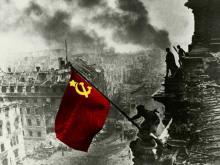 Депутаты Госдумы хотят запретить использовать День Победы в рекламных акциях