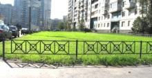 Старшие по домам займутся оградами газонов